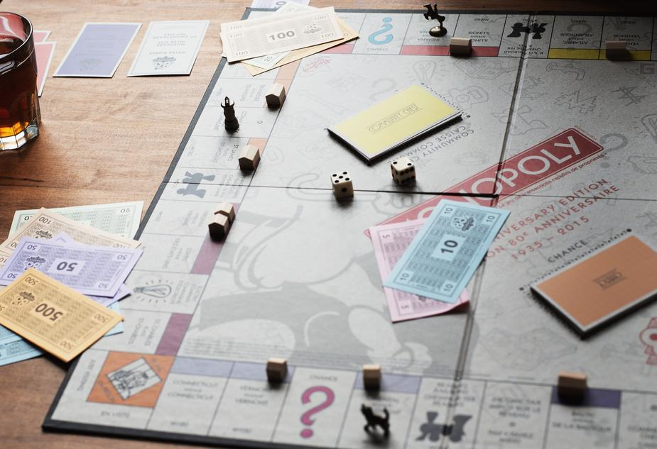 Monopoly image from Burst by Shopify
